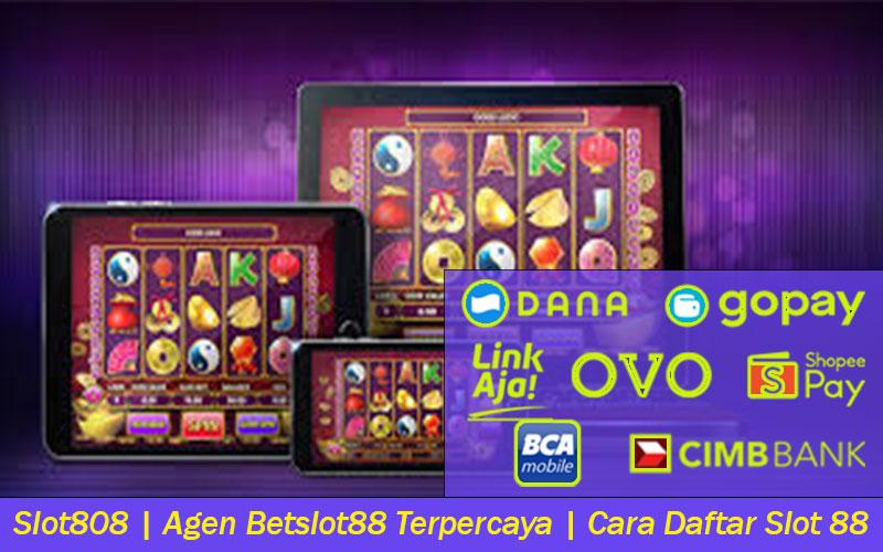Slot808